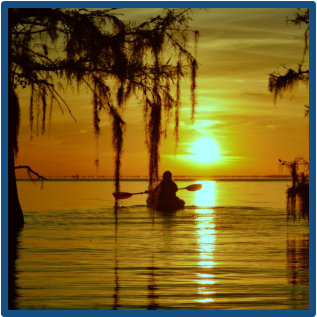 Relaxing sunset kayak tours near Charleston and Summerville SC